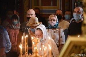 Припиніть узагальнювати: Церкви України відповіли на звинувачення у розповсюдженні COVID-19
