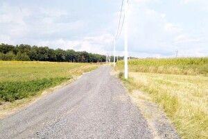 У селі під Луцьком на місці ґрунтових доріг пролягли білощебеневі