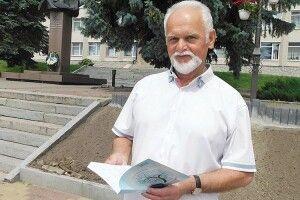 Лучанин заодну ніч написав посвяту авторові пісні «Волинь моя» Степану Кривенькому