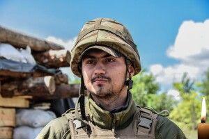 Журналіст, майданівець, волонтер, воїн: на фронті загинув син поетеси з Волині