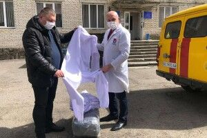 Лікарня у Ківерцях отримала 40 захисних комбінезонів від «Волиньгазу»  (Фото, відео)