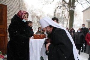 На Василя митрополит Луцький і Волинський Михаїл гайнув щедрувати у Баб'є (Фото)