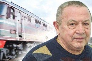 Поїзд навпіл переїхав чоловіка, ахірург Валіхновський його врятував