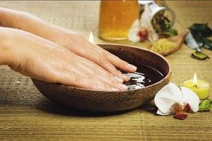 Волинські панянки, хочете гарні нігті?Без проблем!