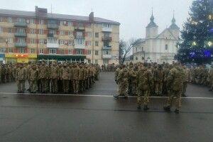 У Володимирі-Волинському розпочалася урочиста зустріч воїнів 14 ОМБР