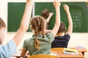 Більшість шкіл працюватимуть у режимі змішаного навчання, – МОН