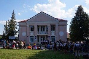 Виділили кошти на нові крісла у Будинок культури мікрорайону Вересневе
