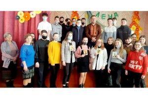 Жидичинські школярі дізналися про монументальну шевченкіану від Руслана Теліпського
