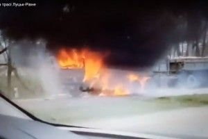 На трасі Рівне — Луцьк горить «Камаз» (Відео)