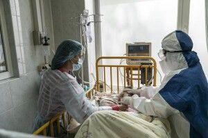 На Закарпатті лікарі заявили про критичну ситуацію із заповненістю ліжок для хворих на ковід
