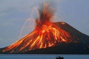 В Італії прокинувся вулкан Стромболі