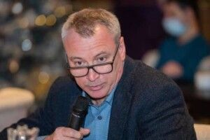 П'яний міністр в Києві показував вибрики патрульним і кричав, хто він