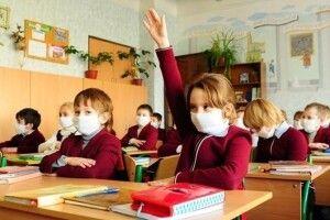 Інфекціоніст назвала можливу дату повного закриття шкіл і садочків через пандемію коронавірусу