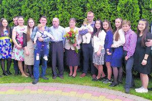 Сім'я з Луцька: «16 синів і дочок — це дарунок Божий, наше багатство й радість»