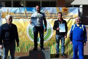 Волинянин перемігуВсеукраїнськихзмаганняхз гирьового спорту (фото)