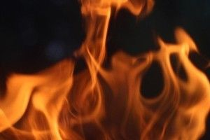 На Рівненщині чоловік ледь не згорів у власній хаті