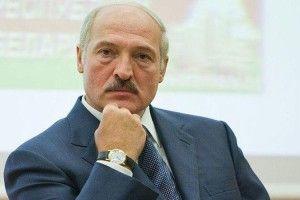 Лукашенко радить відмовитися  від самогону