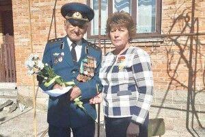 Тимошенко іЗеленський давали потисячі, аШумський— 2тисячі гривень!