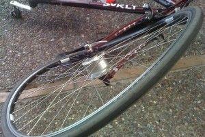 Вранці у Луцьку автомобіль збив велосипедиста (Фото)