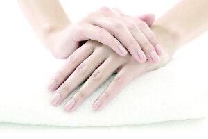 Морозної пори рукам потрібен особливий догляд