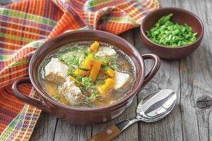 Після тривалих святкових частувань найкраща страва— гарячий супчик!