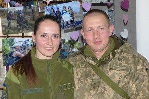 Морський піхотинець ізРатнівщини свою наречену спершу показав журналістам «Волині»