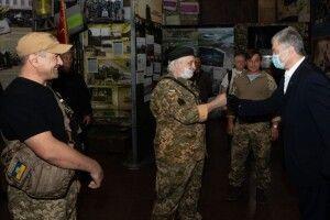 Вимагаємо гідно вшанувати пам'ять Ярослава Журавля – Порошенко у Дніпрі зустрівся з ветеранами АТО/ООС