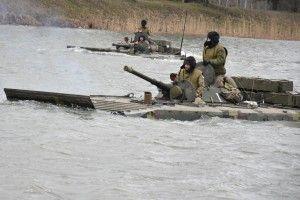 Як бійці 14 бригади вчаться знешкоджувати ворога на воді (Фото)