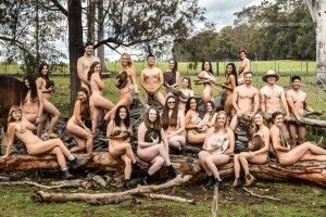 Така багатогранна благодійність: студенти-ветеринари знялися голими для календаря