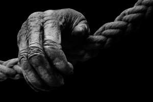 Біля Рівного пенсіонера задушили мотузкою (Фото)