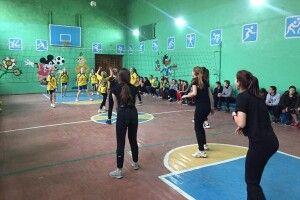 У Павлівці змагалися волейболісти-дівчата