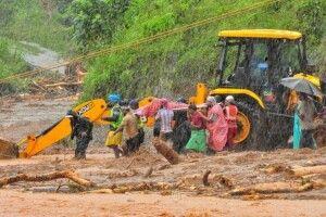 Кількість жертв повені в Індії сягнула 1038 осіб