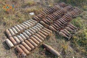 На Волині колишній директор школи знайшов великий арсенал боєприпасів