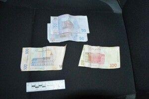 П'яний волинянин тицяв патрульним 700 гривень