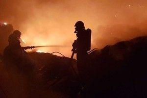 Волинським рятувальникам у новорічну ніч було «гаряче»