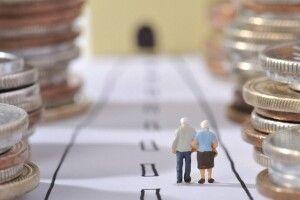 Українцям додатково перерахують пенсії: хто отримає на 400 гривень більше