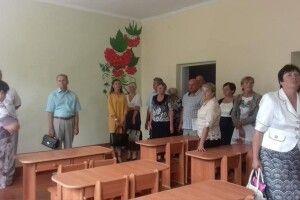 Керівникам шкіл Маневиччини заборонили організовувати будь-які батьківські внески