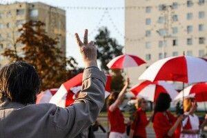 В Україну виїхали близько трьох тисяч білорусів