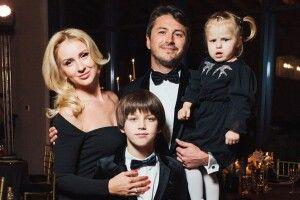 Службовий роман Сергія Притули  із регіональним «приданим» переріс у другий шлюб