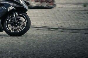 На Горохівщині молодий мотоцикліст переїхав жінку
