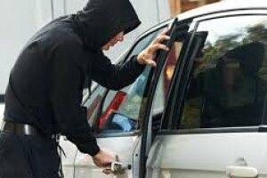 Накраденому авто втекти невийшло