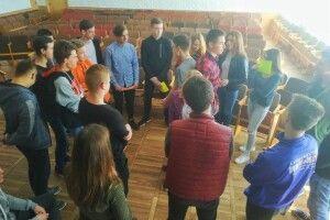 З нововолинськими старшокласниками провели тренінг на тему профілактики булінгу
