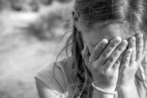 На Полтавщині чоловік згвалтував 9-річну дівчинку після знайомства у соцмережі