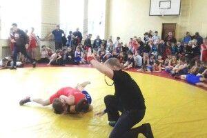 Завершився юнацький турнір з вільної боротьби пам'яті Павла Безеки