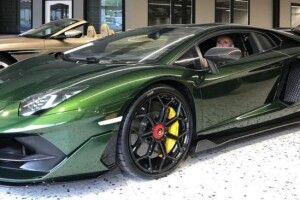 У Рівному зареєстрували рідкісний суперкар за майже 15 мільйонів гривень (Фото)