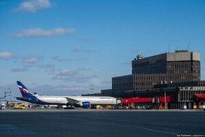 Перед вилітом до Туреччини росіянин загубив дружину, і аби мати час на пошуки, «замінував» аеропорт «Шереметьєво»