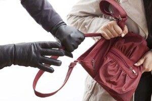 На Рівненщині злапали 20-літнього грабіжника-рецидивіста