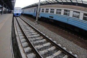 На залізничному переїзді потяг «Сянки–Львів» протаранив автівку