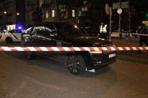 У центрі Києва обстріляли Range Rover – загинула дитина