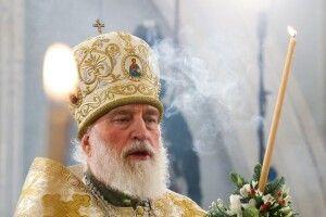 У Білорусі православного митрополита звільнили з посади, бо став на бік народу